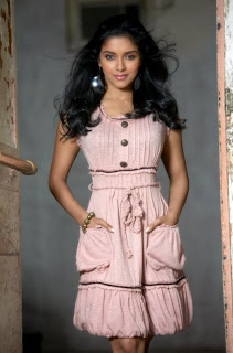 Cute Asin Hot Photos
