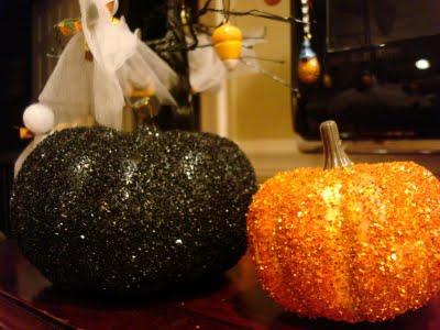 [glitter+pumpkins]