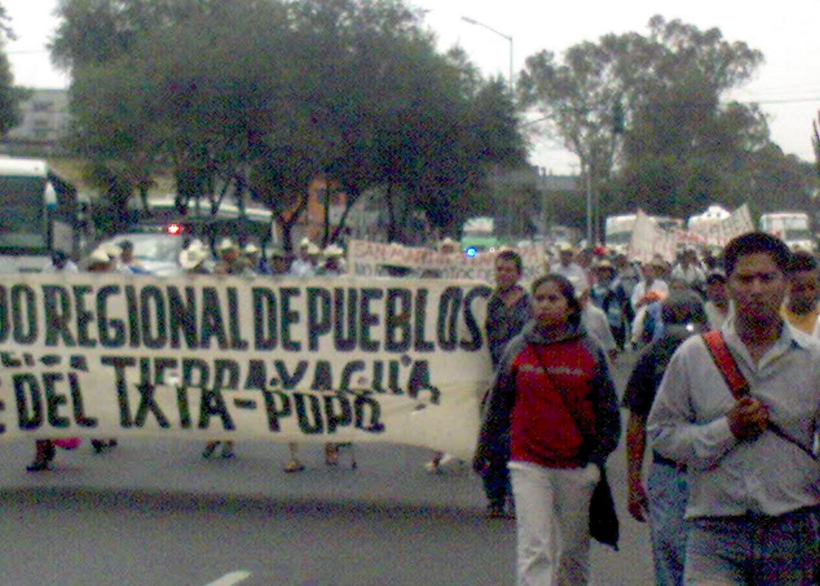 http://3.bp.blogspot.com/_Ak06j9PE4Gk/TCv9DIfFKII/AAAAAAAAAF0/abW59t5UgtI/s1600/marcha+frente+pueblos+pue+tlax+24+jun+2010+1.jpg