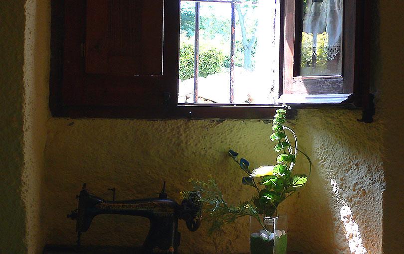 passat pasado past ventana finestra window maquina coser cosir singer