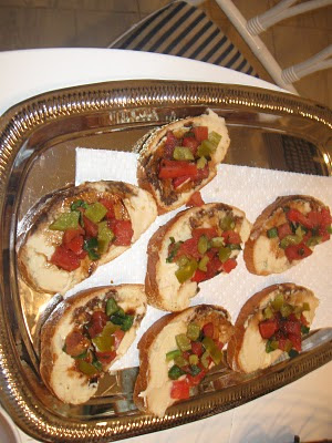 Bread slices with salsa