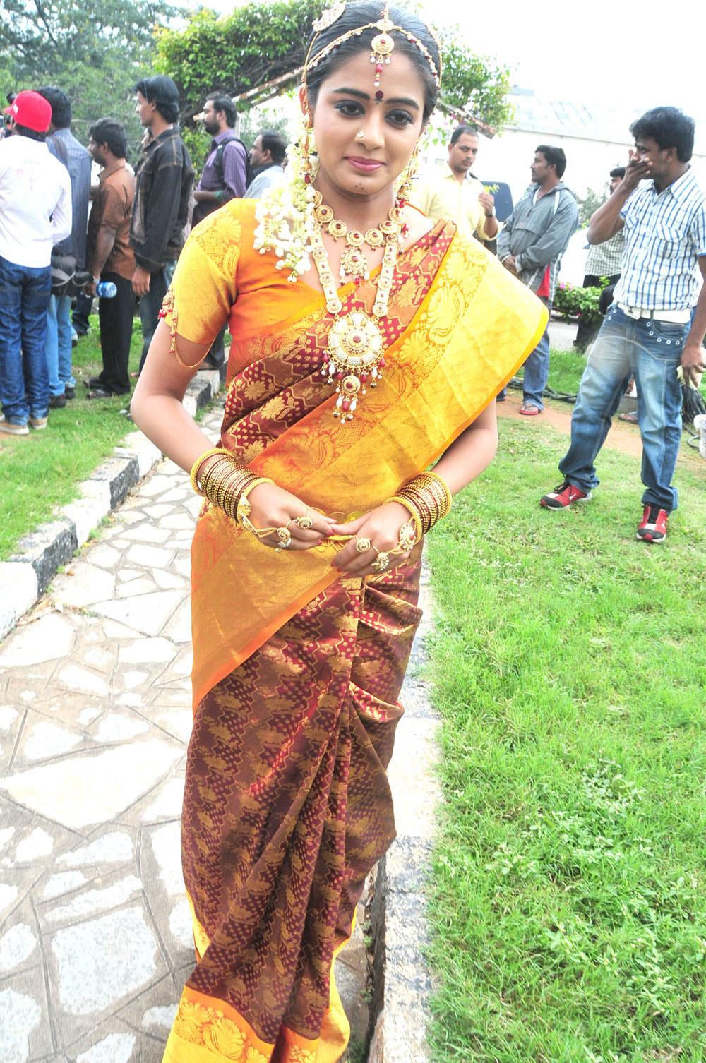 priyamani stills from kshetram telugu movies
