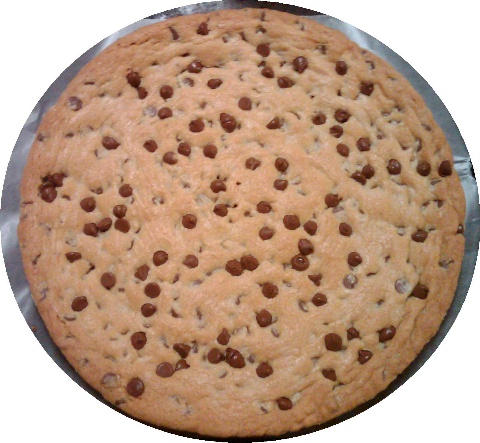 so i got an order to make a chocolate chip cookie cake i had never ...