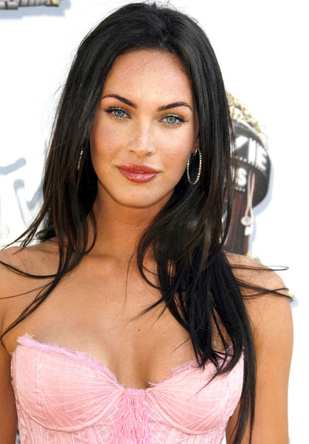 http://hollywoodallartists.blogspot.com/2012/06/megan-fox-picture.html