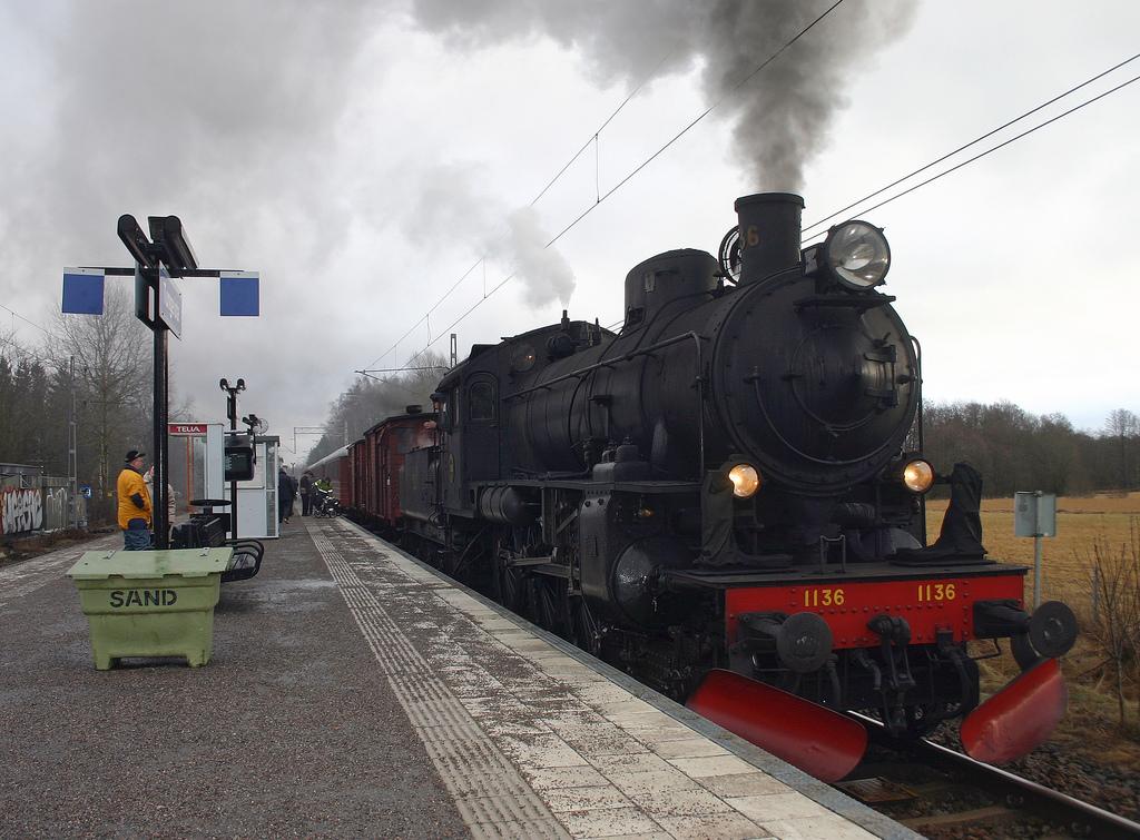 Transportation Picture: Steam Locomotive