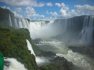 Free download of Victoria Falls wallpapers, Beautiful and natural seven 7 wonders of the world images and pictures