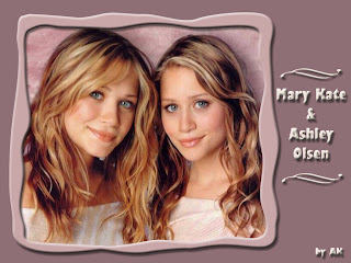 Cute Mary-Kate and Ashley Olsen twins pictures