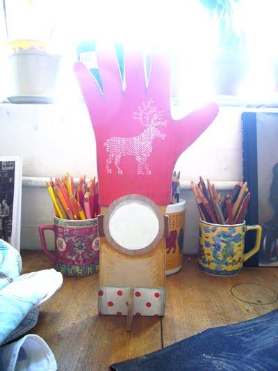 Sandra Eterovic: Reindeer clock hand in progress