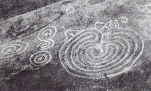 Los  Petroglifos Petroglifos