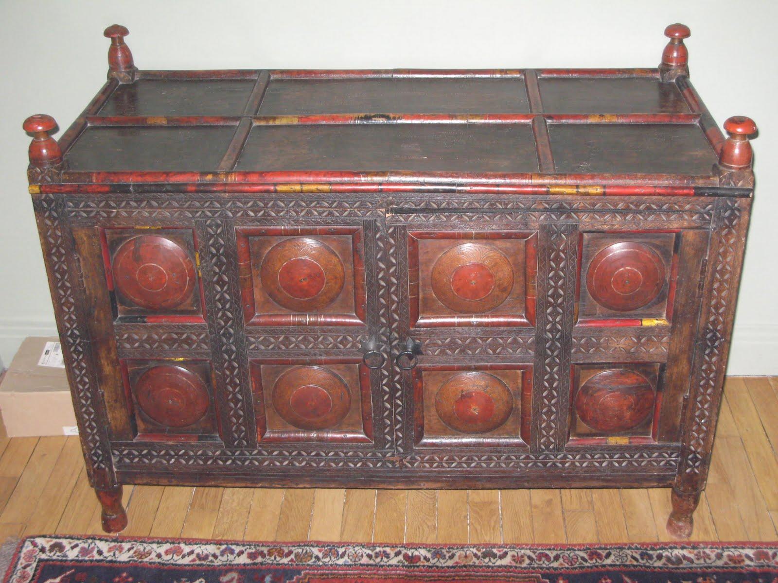 tout un appartement vider mobilier vaisselle d coration bonnes occasions commode afghane. Black Bedroom Furniture Sets. Home Design Ideas