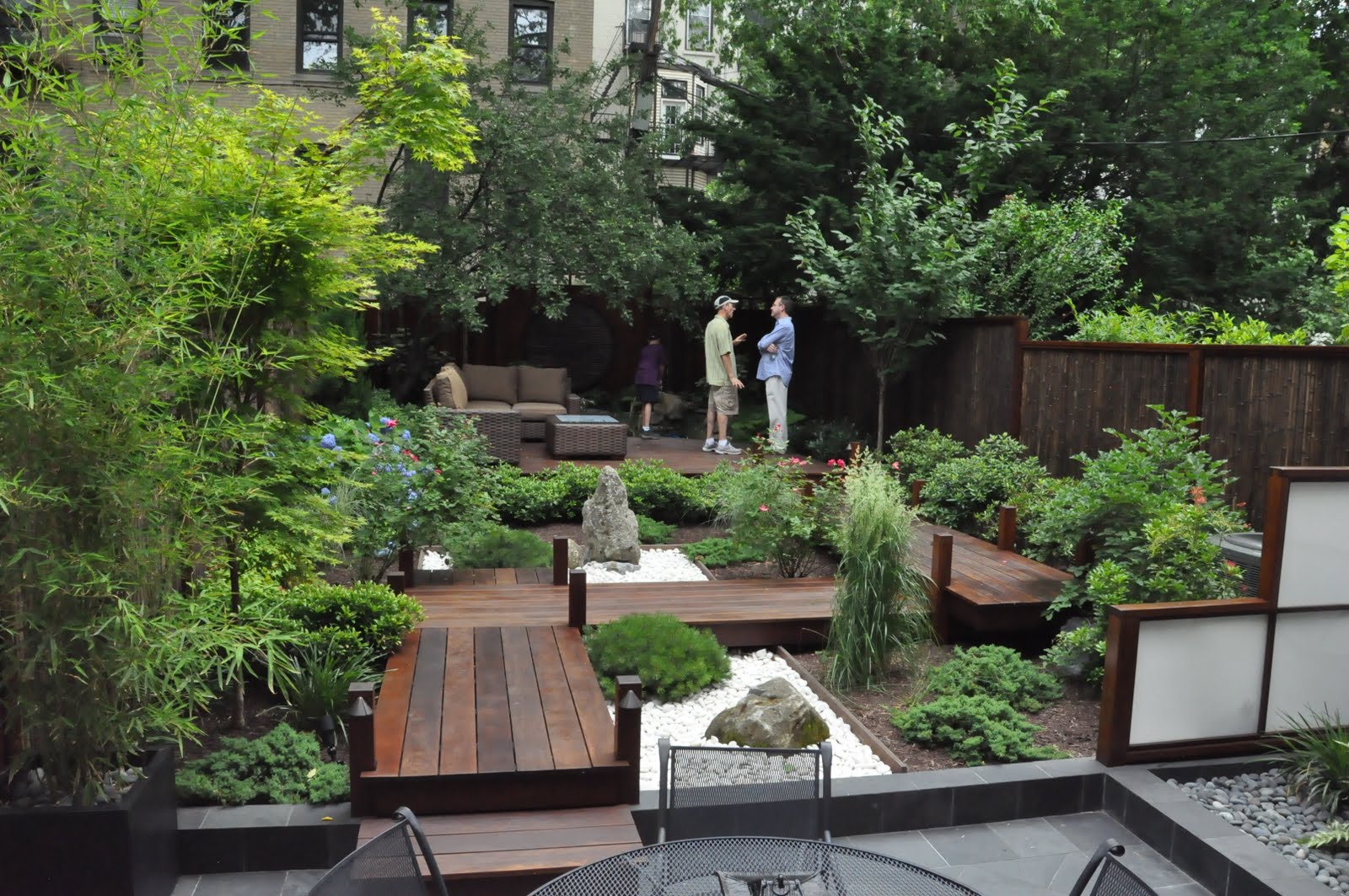 The hoboken journal hoboken secret garden tour part 1 for Japanese garden backyard designs