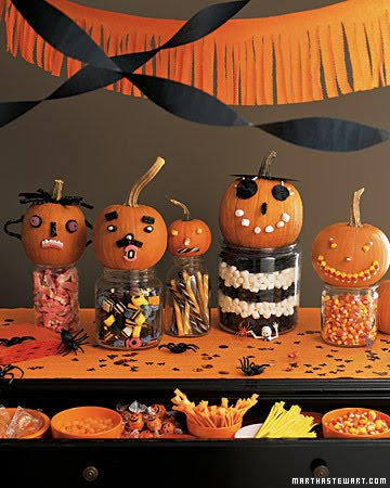 [pumpkins+and+candy]