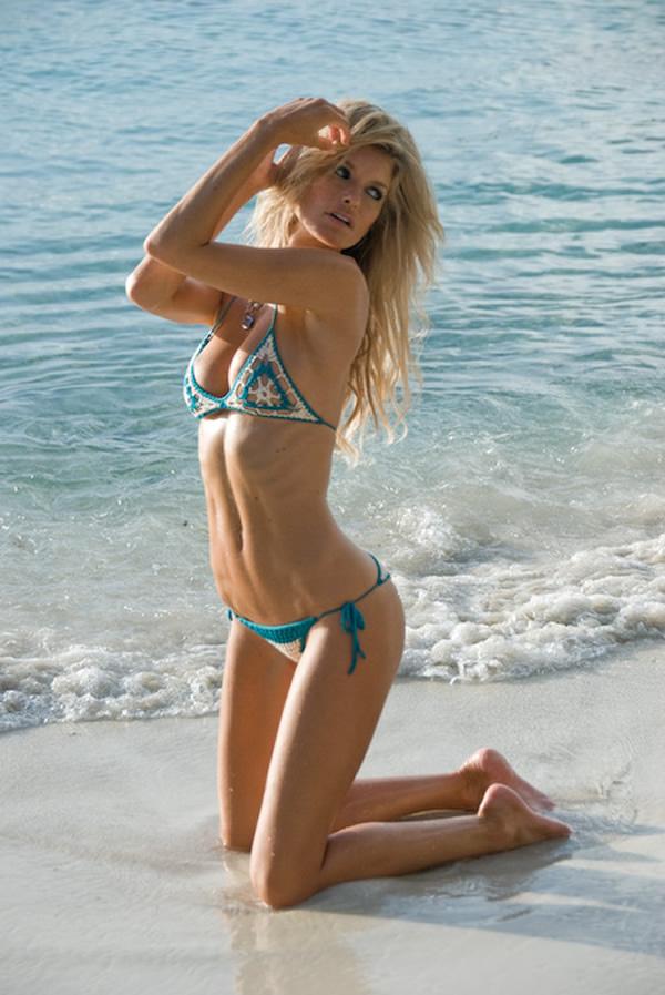 [marisa-miller-bikini-shots-19.jpg]