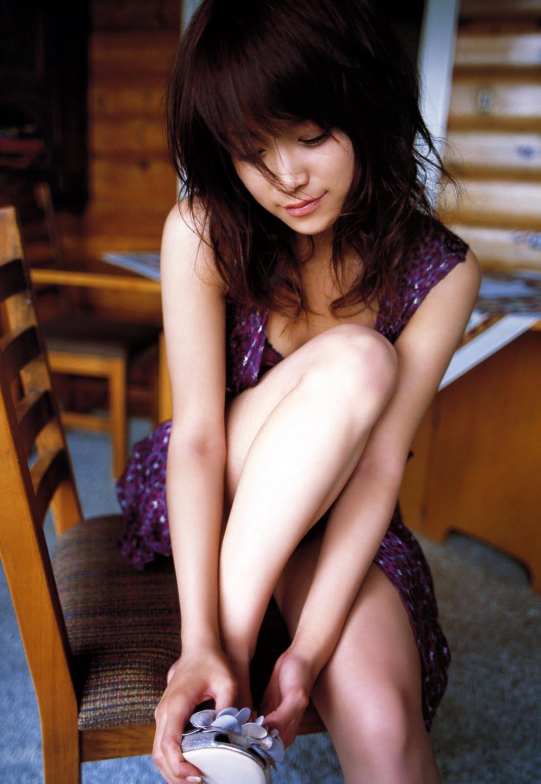 http://3.bp.blogspot.com/_AvqYvLHRAxM/SwP214XW-aI/AAAAAAAADiI/GDc4fhpTVn0/s1600/idol_eri_kamei_085.jpg
