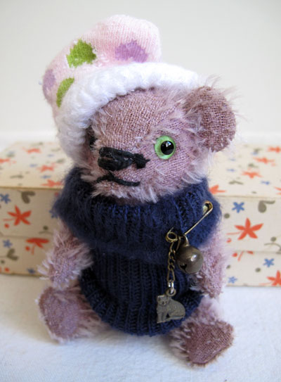 antique winter mini mohair bear