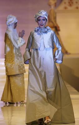 khoon hooi2 - Islamic Fashion Festival 2009