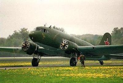 DOUGLAS DC3 Lisunov+Li-2_1