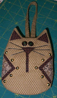 Catty Cell Phone Holder front