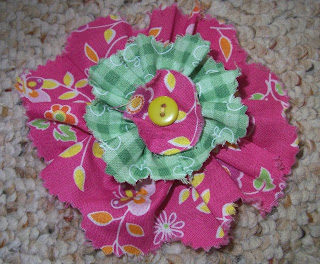 fabric flower made on bus