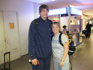 Kyle Korver Wife And Baby April ran into Kyle Korver at