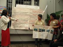 Mujeres que participan de la Asamblea