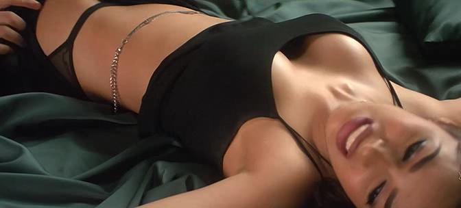 priobshenie-zamuzhney-zhenshini-v-erotika