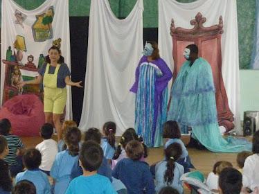 Teatro / Mês das Crianças