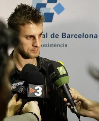 henrique+adriano+buss+barcelona+bayer+leverkusen.jpg