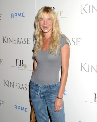 ashley scott measurements bra cup breasts hips body size