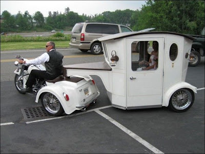 Limousine-wedding-bike