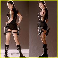 http://3.bp.blogspot.com/_B1yu82jZSVs/SYFKs70kCyI/AAAAAAAAKsY/fzrMbZbTQVA/s1600/angelina-jolie-tomb-raider-costume.jpg