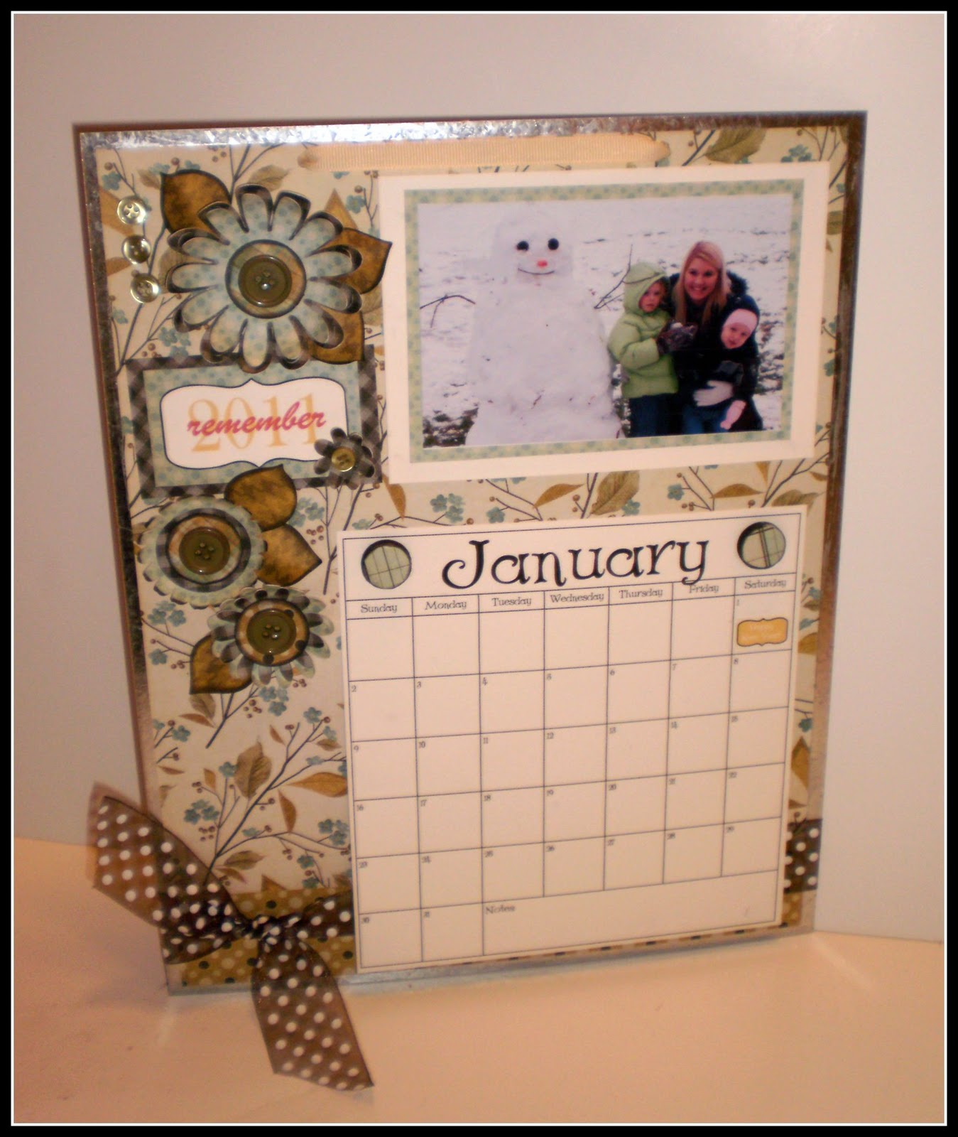 Handmade Calendar Design : Crafty girls workshop new year calendar