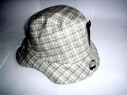 Chapéu bbb 11 usado nas festas