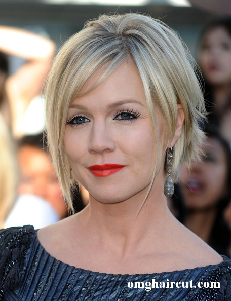 jennie garth hairstyles. Short wavy haircuts 2011 for
