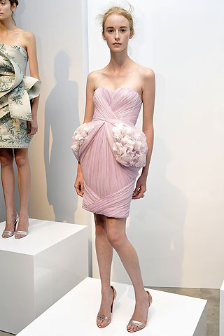 Marchesa Pink Dress Spring 2009 from 3.bp.blogspot.com