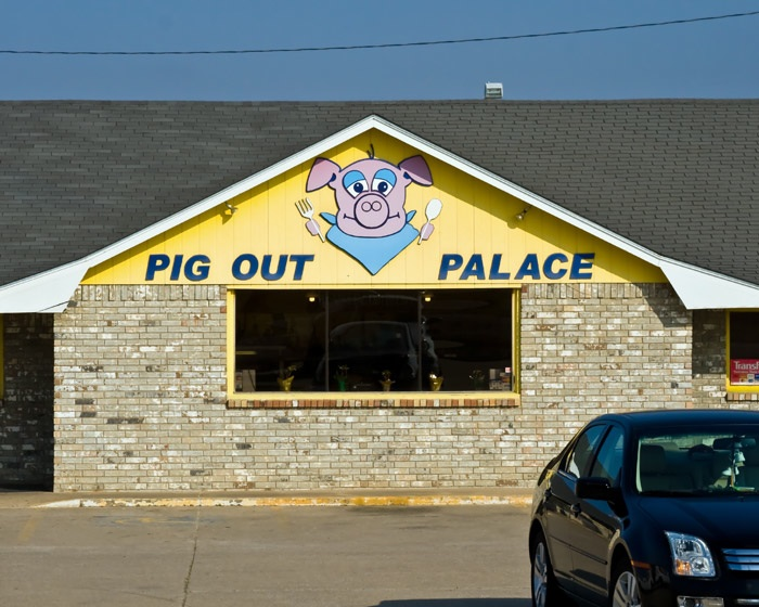 Rio Rancho Art Association: Pig Out Palace I Pigged Out For A Week