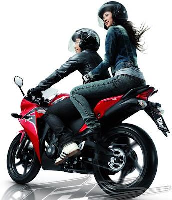 New Honda CBR 150R Merah