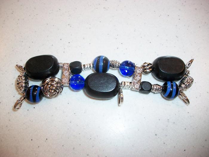 Black/blue/silver (W42)
