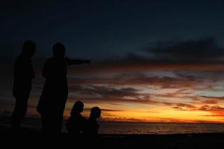 Sunrise di Pulau Derawan - Lupuzz Tarakan