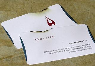 memoles kartu nama dengan sentuhan efek api atau fire di kartu nama