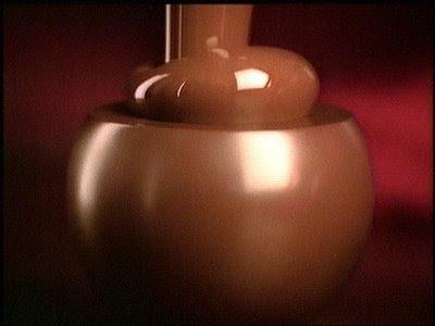 http://3.bp.blogspot.com/_BFiW-2rRyUY/SDl1rHczdsI/AAAAAAAAAGQ/HI7Q9JXr320/s400/chocolateBombon.jpg