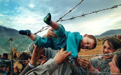 Las fotos de la historia: La grave situación de los refugiados en Kosovo