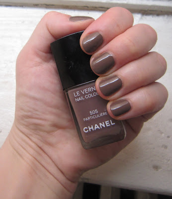 Chanel, Chanel Le Vernis Nail Colour, Chanel nail polish, Chanel nail lacquer, Chanel Particuliere, Chanel Le Vernis Nail Colour Particuliere, nail, nails, nail polish, polish, lacquer, nail lacquer, color, nail color, nail colour, colour, mani, manicure, mani of the week, manicure of the week