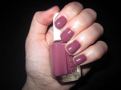 Essie, Essie Angora Cardi, Essie Nail Polish, Essie Angora Cardi Nail Polish, nail, nails, nail polish, polish, lacquer, nail lacquer, mani, manicure, Mani of the Week