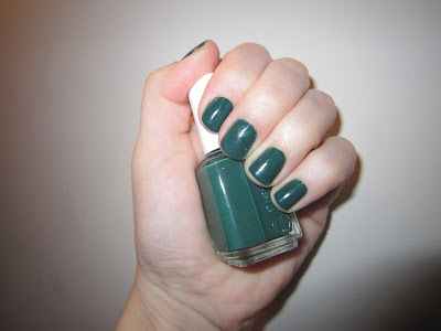 Essie, Essie Nail Polish, Essie Going Incognito, Essie Winter 2011 Nail Polish Collection, nail, nails, nail polish, lacquer, nail lacquer, mani, manicure, mani of the week