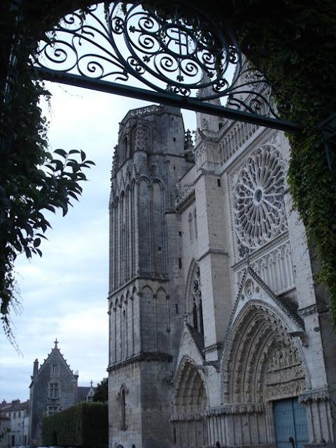 Catedral-de-San-Pierre
