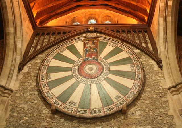 tabla-redonda-del-rey-arturo-en-winchester