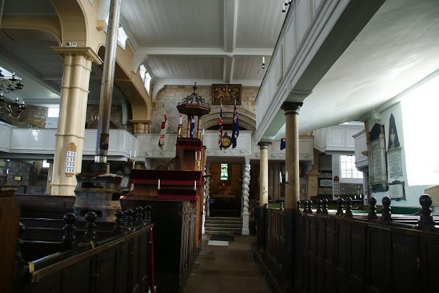 Iglesia-normanda-de-Santa-María-en-whitby