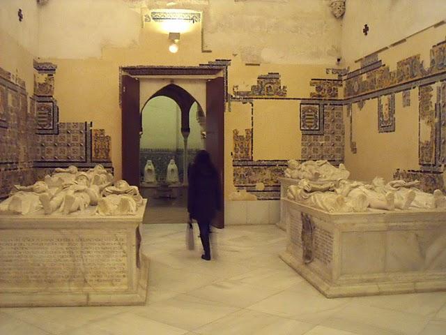 sepulcro-en-santa-maria-de-las-cuevas-de-sevilla