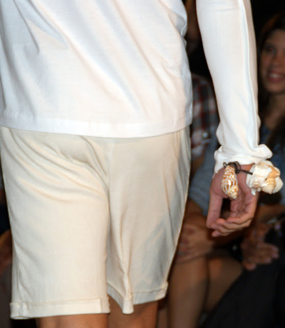 blanco muslim personals Muslim marriage events - like speed dating  blanca blanco flashes her gorgeous legs in daisy dukes as she stops by a newsstand in malibu live uncaged is.